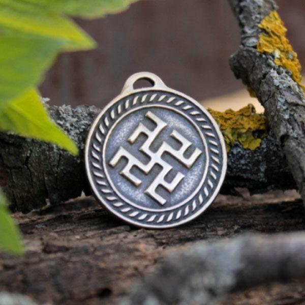 Славянский оберег Одолень Трава