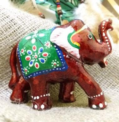 Слон деревянный с красной эмалью №6  10*h8см