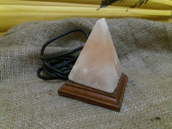 Лампа соляная пирамида h 10