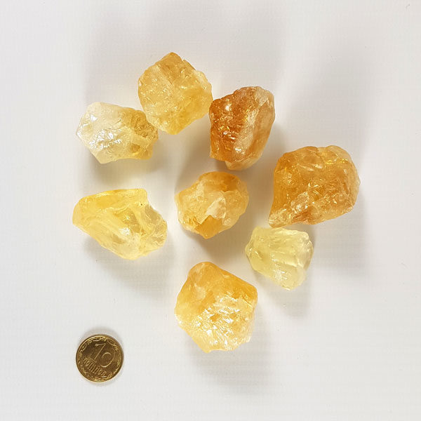 Цитрин камень с отверстием