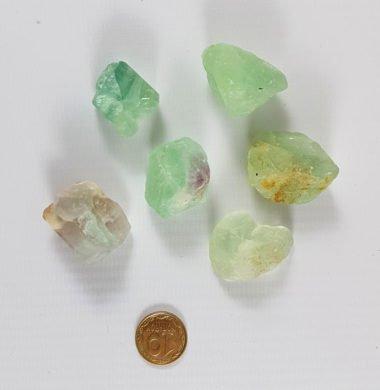 Флюорит камень с отверстием