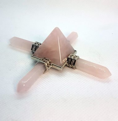 Пирамида Рейки-баланс из розового кварца  9х9