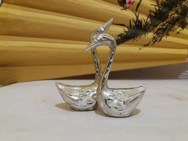 Лебеди пара серебро